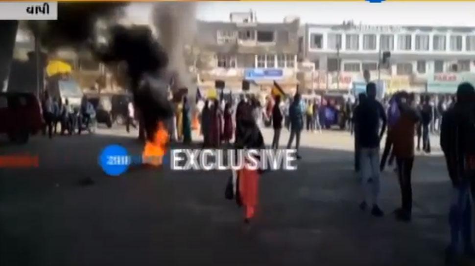 VIDEO: પુણે હિંસાના ગુજરાતમાં પડઘા, સુરત-વાપીમાં મોટા પાયે અસર