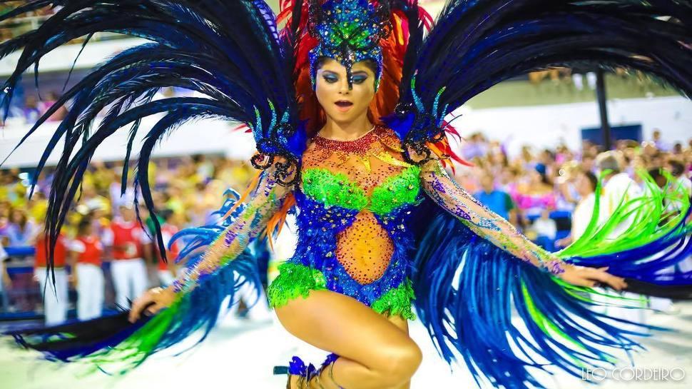 બ્રાઝિલમાં શરૂ થયો  Rio Carnival, જશ્નમાં ડૂબ્યા લોકો, ઈકોનોમીને થશે 72000 કરોડનો ફાયદો