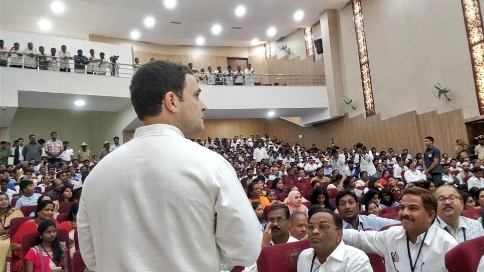 RSSના કહેવાથી સરકારે લીધો હતો નોટબંધીનો નિર્ણયઃ રાહુલ ગાંધી
