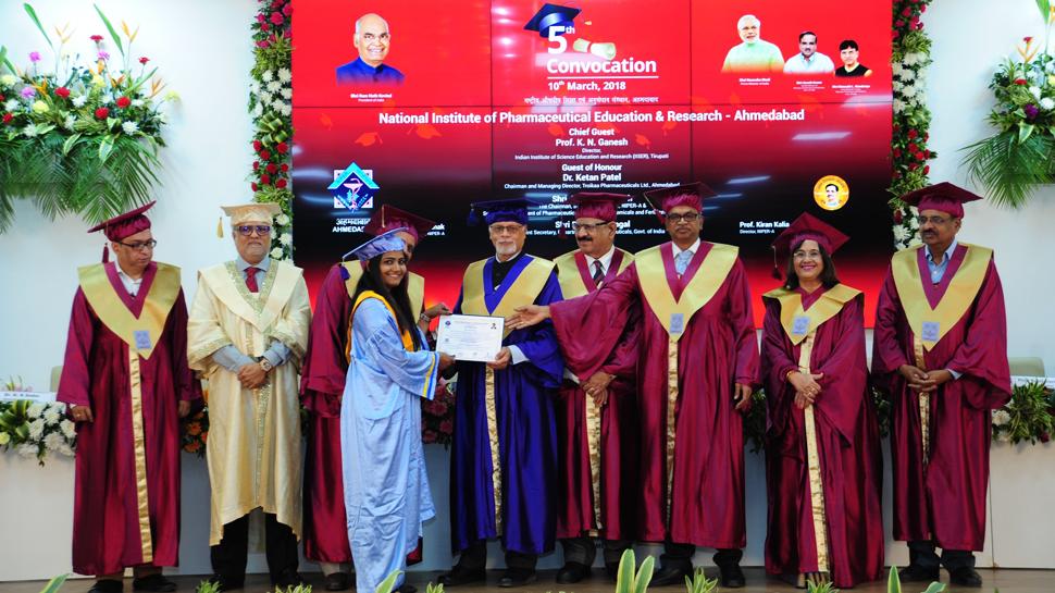 ભારતના ફાર્માસ્યુટિકલ ઉદ્યોગના વિકાસ માટે વિજ્ઞાનનું ગુણવત્તાયુક્ત શિક્ષણ અને સંશોધન જરૂરી: એક્સપર્ટ