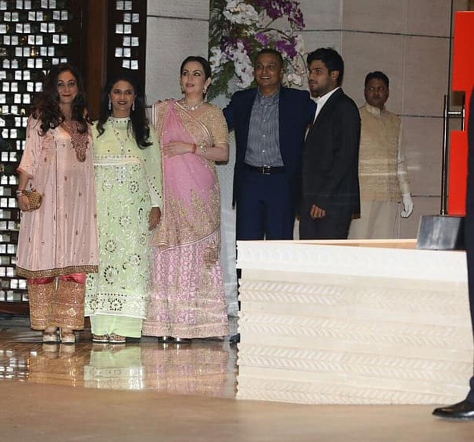 Isha Ambani and Anand Piramal engagement party in mumbai