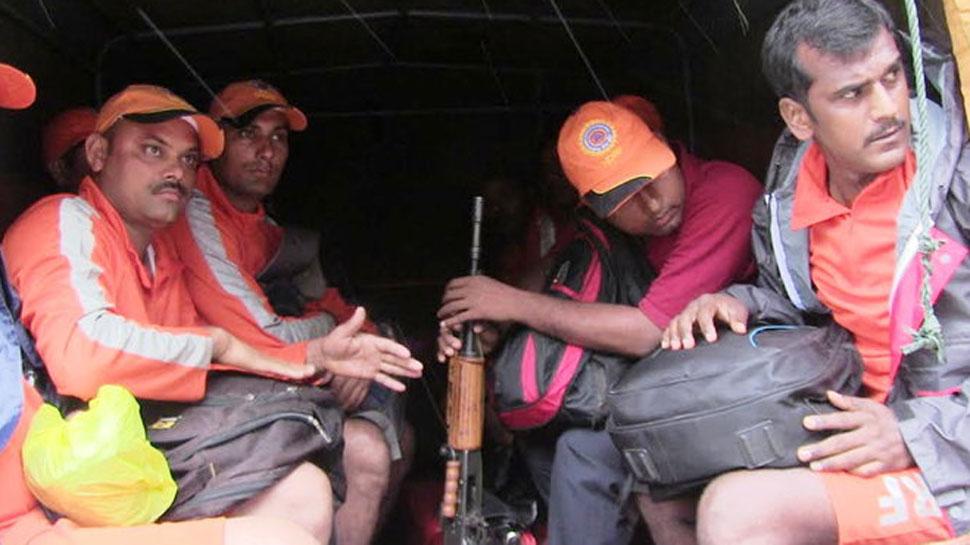 નવસારી: ભારે વરસાદથી 750 લોકોનું સ્થળાંતર,NDRF સ્ટેન્ડ ટુ