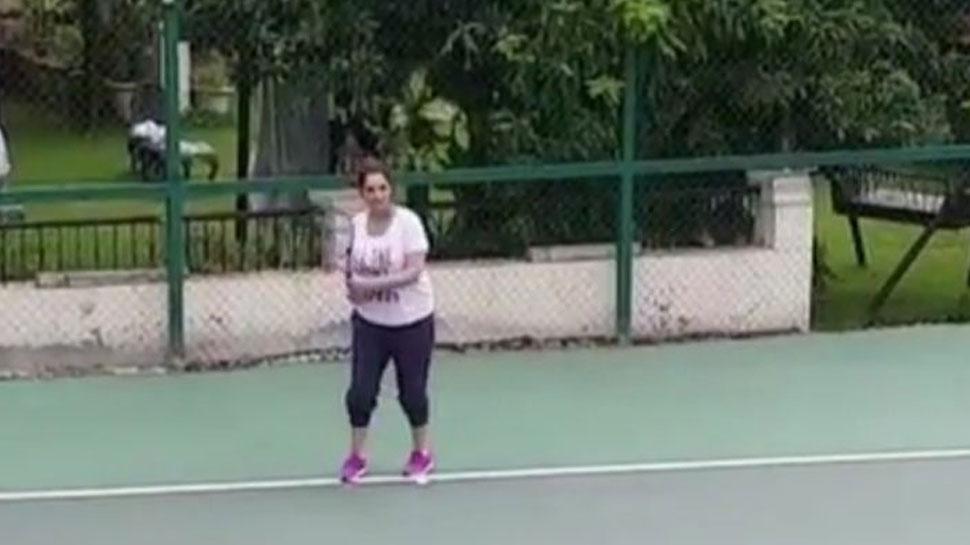 VIDEO : સાત મહિનાની સગર્ભા સાનિયા દેખાઈ ટેનિસ રમતાં