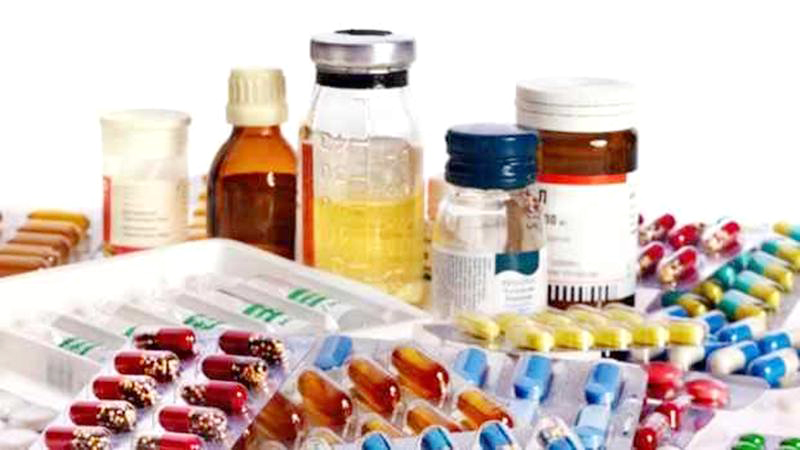 માથાના દુખાવાની દવા પર પ્રતિબંધ, પરંતુ કફ સિરપ મળતી રહેશેઃ આરોગ્ય મંત્રાલયનો નિર્ણય