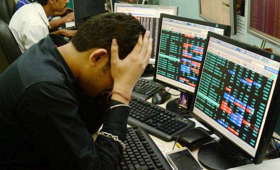 વૈશ્વિક વેચવાલીને પગલે સેન્સેક્સમાં 759 પોઈન્ટનો કડાકો, નિફ્ટી પણ 10,250ની નજીક બંધ થયો