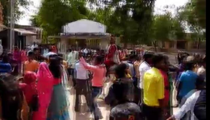 માણસાઃ પારસા ગામમાં ઘોડા પર બેસવા બાબતે દલિત વરરાજાનું કરાયું અપમાન