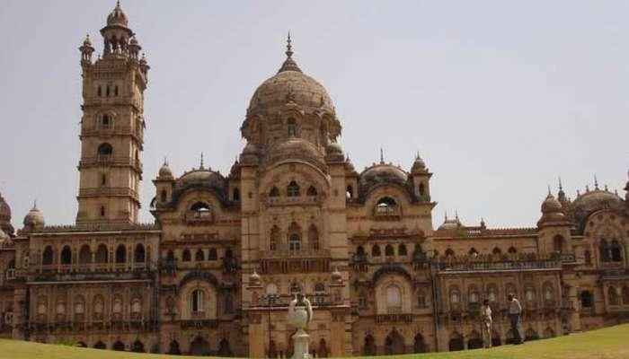ગુજરાતની શિક્ષિત નગરી વડોદરા એટલે વિવિધતાનો ખજાનો, જાણો રસપ્રદ વાતો