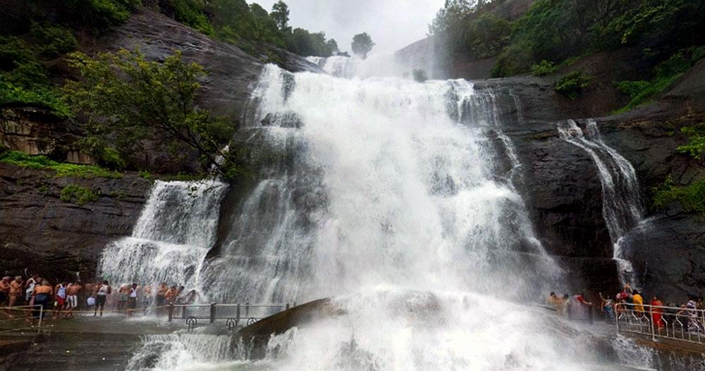 Image result for தமிழ்நாட்டில் குற்றாலம்