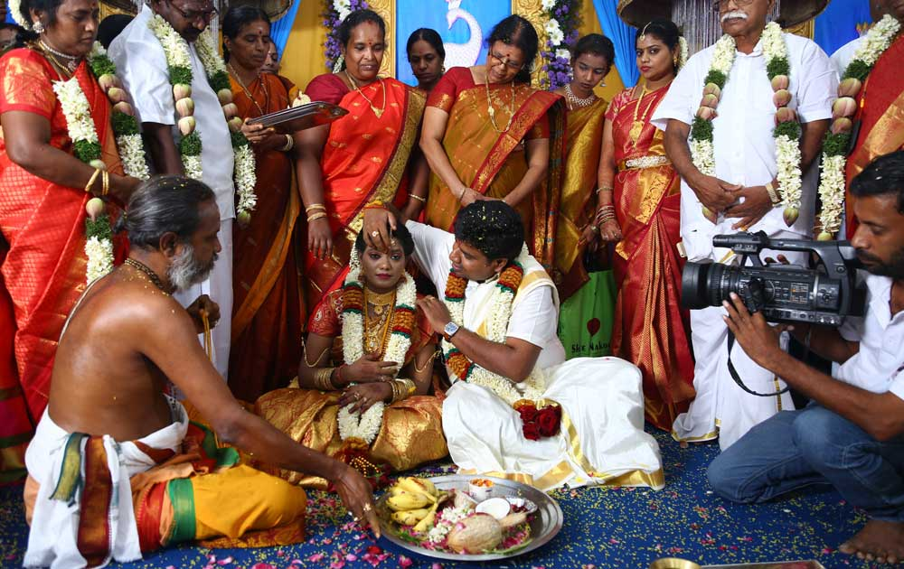 இயக்குனர் நலன் குமரசாமி - சரண்யா திருமணம்
