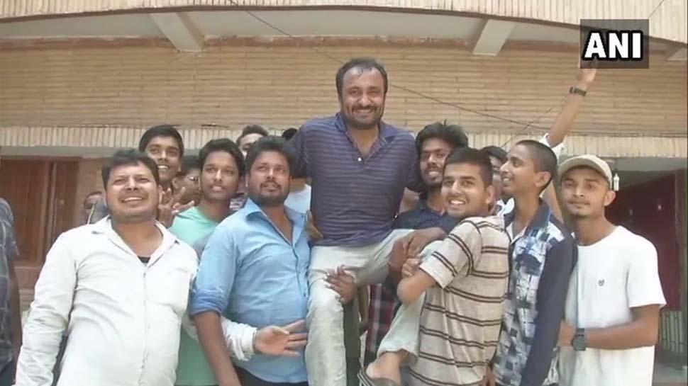 தொடர்ந்து சாதனை புரிந்து வரும் பிஹார் சூப்பர்-30 மாணவர்கள்!