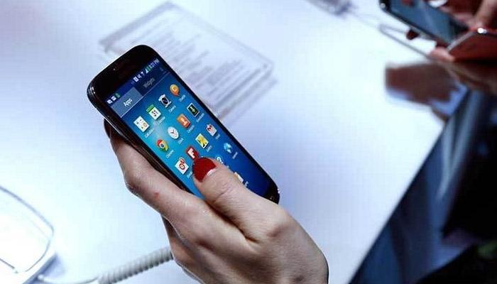விலை குறைவு!! ஏர்டெல், ஐடியா, ரிலையன்ஸின் புதிய 3G / 4G கட்டணம்