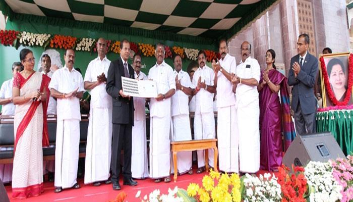 எம்ஜிஆர் 100-வது விழா: சிறப்பு நினைவு தபால் தலை வெளியீடு