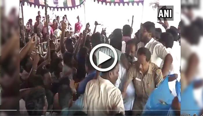 வீடியோ: அனிதாவிற்காக குழுமூர் ஊர் பொதுமக்கள் ஆர்ப்பாட்டம்!