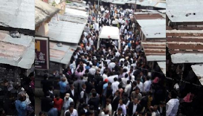 லக்னோ மாவட்ட நீதிமன்றத்தில் 12 பேர் படுகாயம்!