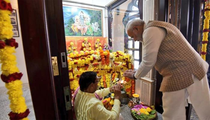 ஓமான் மஸ்கட் சிவன் கோவிலில் பிரதமர் மோடி!