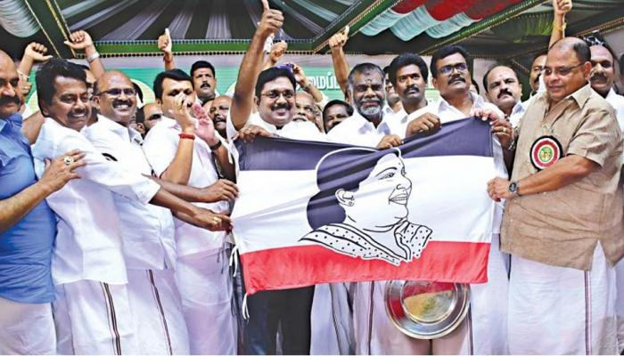 TTV கட்சி கொடி தடை தொடர்பான மனு மீது அடுத்த வாரம் விசாரணை!