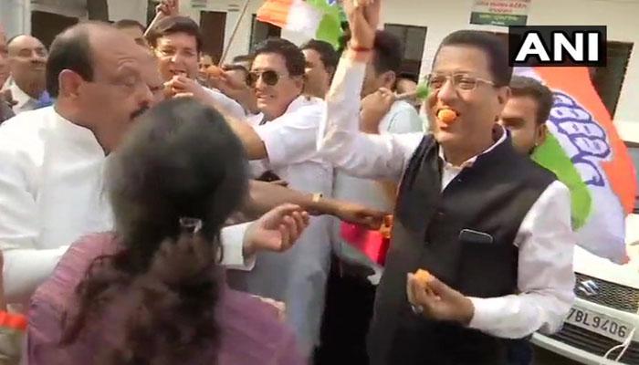 கர்நாடகாவில் ஆட்சியை பிடித்த காங்கிரஸ் ம.ஜ.த: தொண்டர்கள் மகிழ்ச்சி!