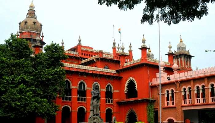 AR முருகதாஸ் மீது நடவடிக்கை எடுக்க கூடாது: உயர்நீதிமன்றம்....