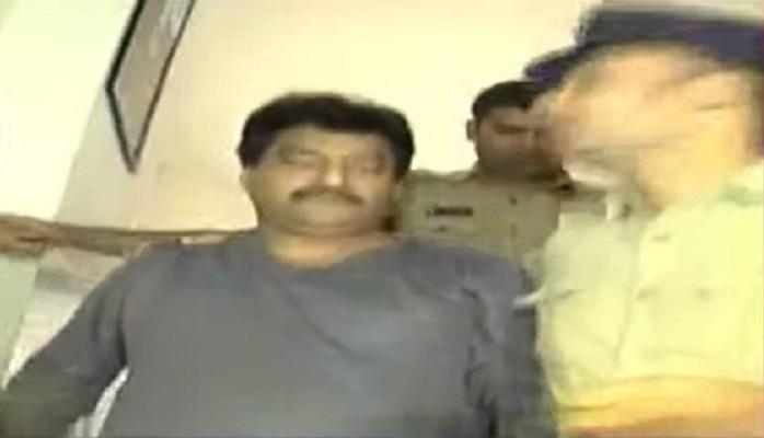 గజల్ శ్రీనివాస్ 'బ్రాండ్' పోస్ట్ హుష్కాకి!