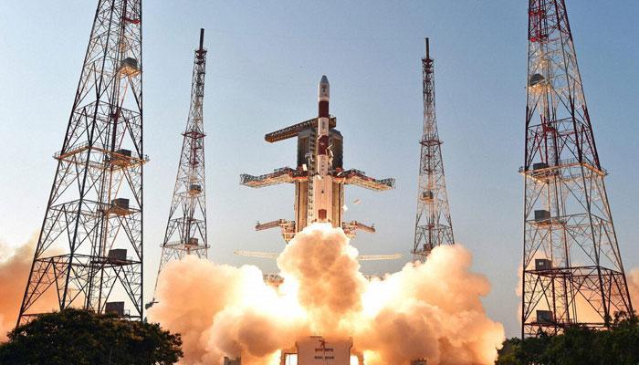భారత ఉపగ్రహాలపై పాక్ నెగటివ్ కామెంట్లు..!