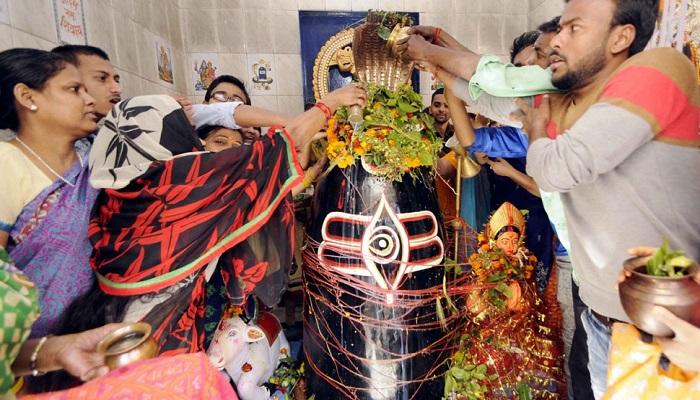 రాష్ట్రంలో భక్తులతో కిటకిటలాడుతున్న శైవక్షేత్రాలు